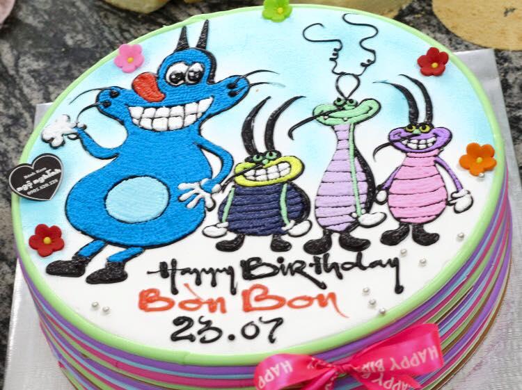 Bánh sinh nhật vẽ hoạt hình mèo oggy và 3 chú gián tinh nghịch ...